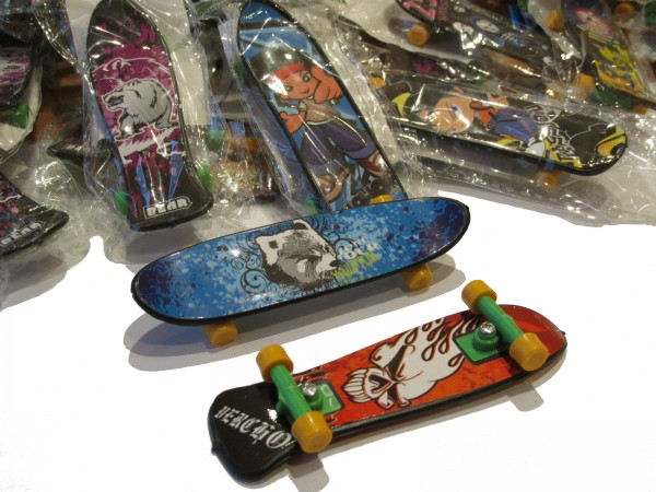 Fingerskateboard 10cm gem.Motive